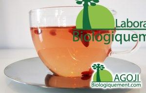 La baie de goji bio peut être consommée dans une tisane pour la ramolire